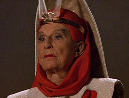 Фильм «Звездный путь 3: В поисках Спока» (1984): Джудит Андерсон 425x322