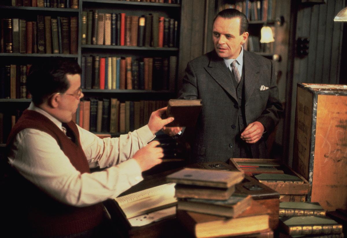 Фільм «Чаринг Кросс Роуд, 84» (1986): Іен Макніс, Ентоні Гопкінс 1200x824