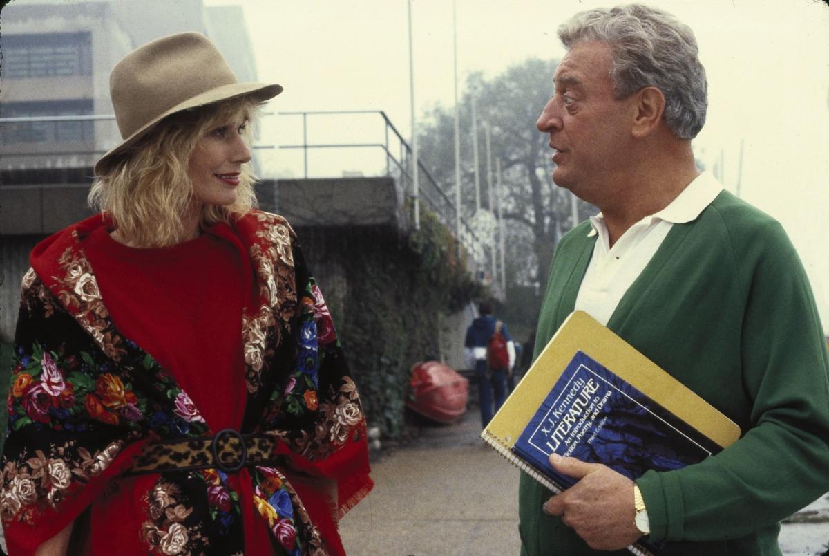 Фільм «Знову до школи» (1986): Родні Дейнджерфілд, Селлі Келлермен 1200x804