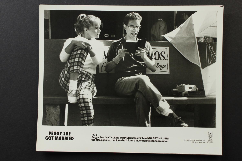 Фильм «Пегги Сью вышла замуж» (1986): 1500x1000