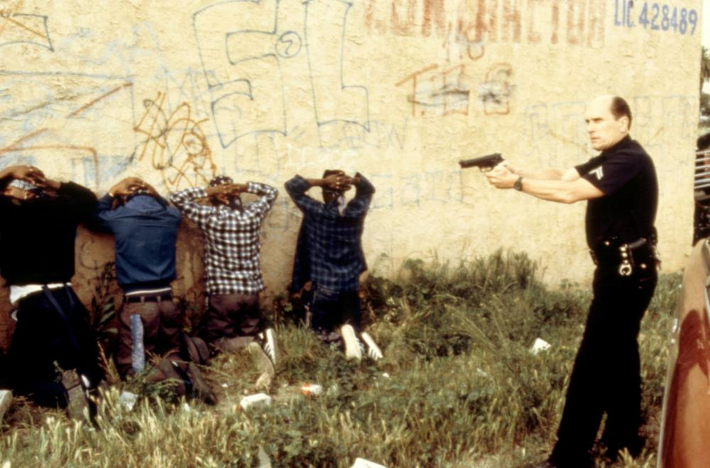 Фільм «Кольори» (1988): 1000x660