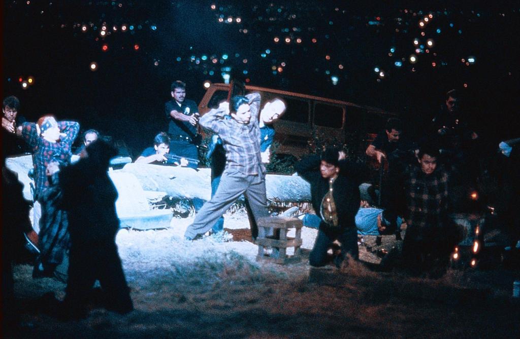 Фільм «Кольори» (1988): 1024x669