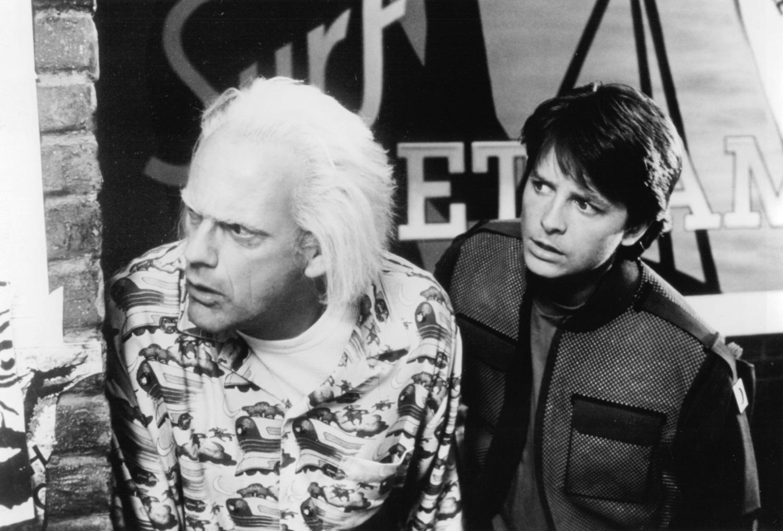 Фильм «Назад в будущее 2» (1989): Кристофер Ллойд, Майкл Дж. Фокс 1500x1017