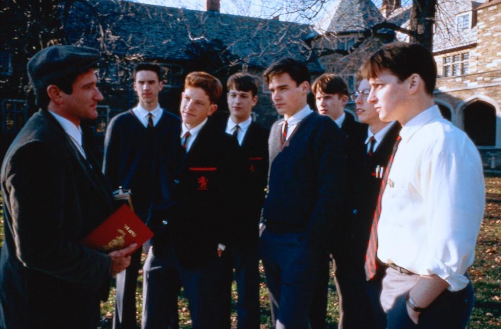 Фільм «Товариство мертвих поетів» (1989): Робін Вільямс, Роберт Шон Леонард, Ітан Гоук 1024x673