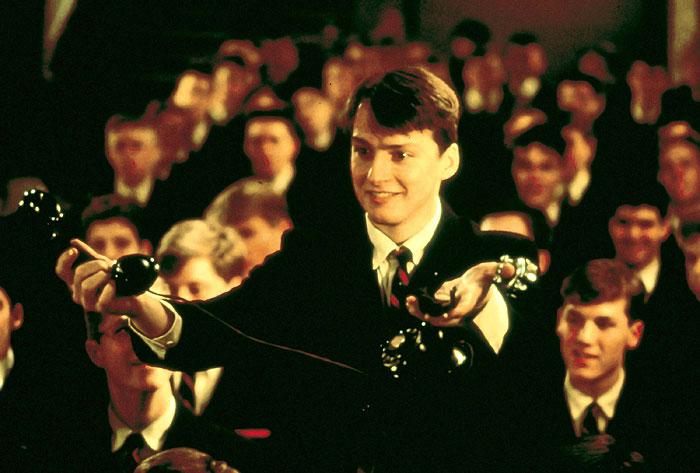 Фільм «Товариство мертвих поетів» (1989): 700x473