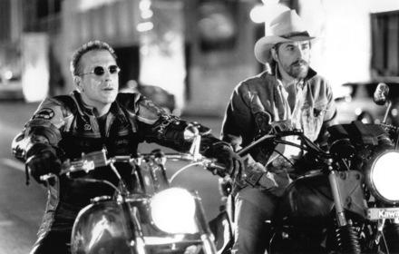 «Гарлі-Девідсон і ковбой Мальборо» — кадри