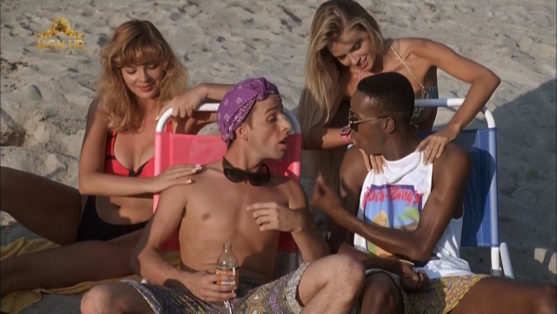 Фільм «Чудо-пляж» (1992): 1500x844