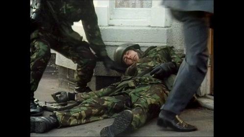 «Солдат, солдат» — кадри