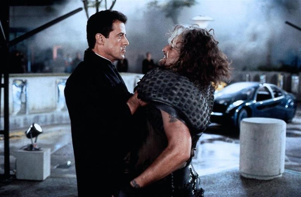 Фільм «Руйнівник» (1993): Сільвестер Сталлоне 1024x673