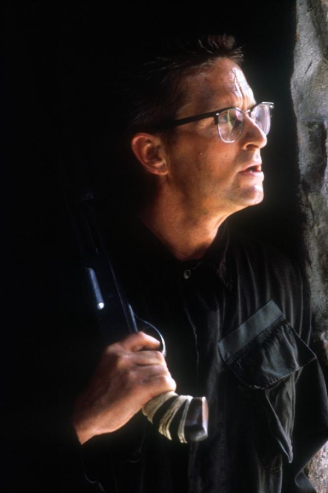 Фільм «З мене досить» (1992): Майкл Дуґлас 665x1000