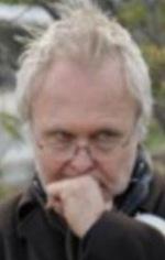 Кен Камерон — Режисер «Власть обезьяны»