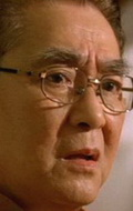 Чунг Чоу — Актори «Nu zhen tan»