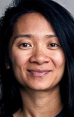 Хлої Чжао — Режисер «Вічні»