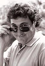 Дэвид Дж. Эгил — 5 эпизодов, 1992-1996