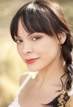 Тала Мари — Robin Antin's Dance Assistant, играет саму себя
