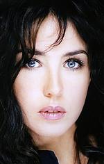 Изабель Аджани — Миа Бэрон