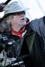 Гари Джонс — Режиссёр «Бугимен 3»
