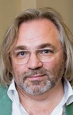 Виктор Косаковский — Режисер «Гунда»