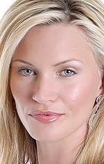 Наташа Хенстрідж — Taylor Ward