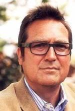 Тімоті Дж. Нельсон — Режисер «Больше не моемся!»