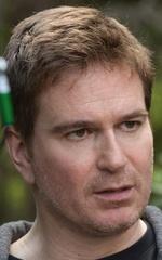 Люк Скотт — Режиссёр «Оплётка»