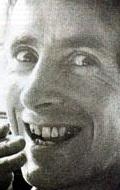 Рональд Белфорд Скотт — играет самого себя, хроника