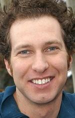 Майкл Блиден — 7 епізодів, 2012