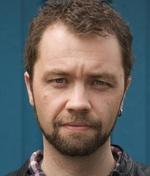 Магнус Мартенс — Режисер «Спецслужба: Сигнал тривоги»