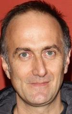 Стефано Солліма — Режисер «Без жалю»