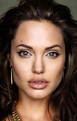 Анджеліна Джолі (Angelina Jolie)