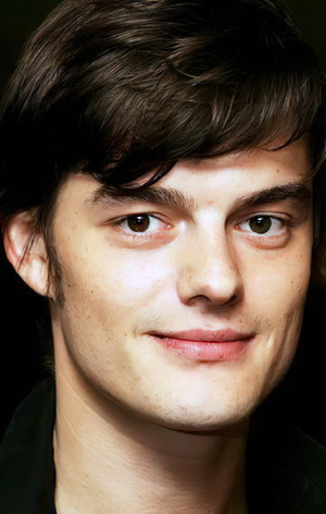 Сем Райлі (Sam Riley)