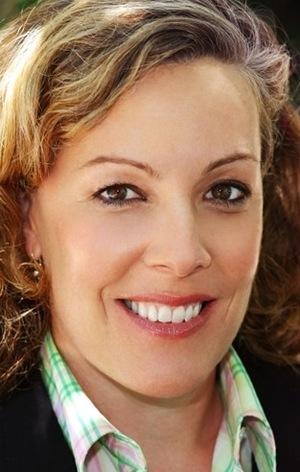 Пем Брейді (Pam Brady)